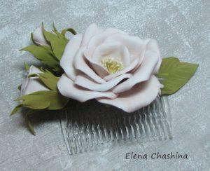 открытая роза гребень 300x244 Украшение для волос
